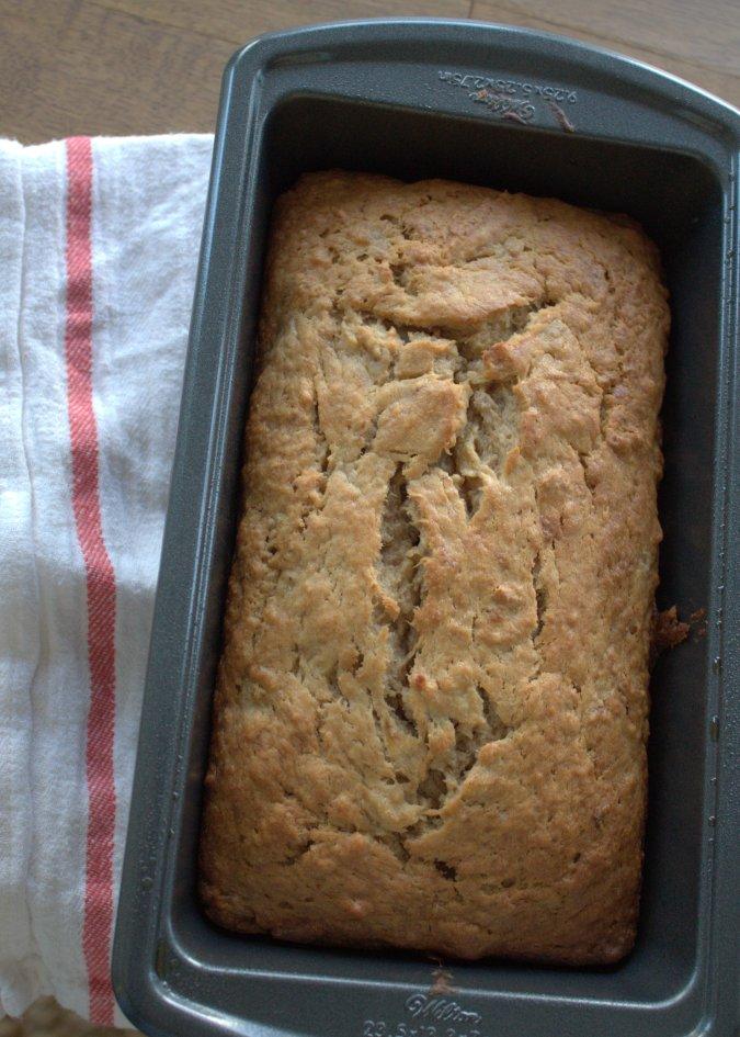 Bobby Flay's Banana Bread | www.thebahamallama.wordpress.com