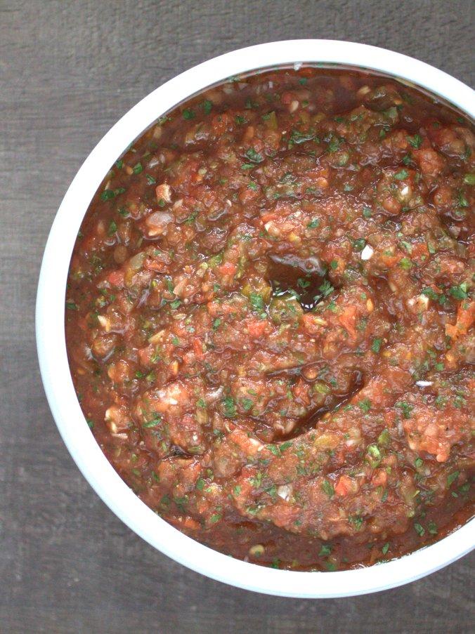 Restaurant Style Salsa | www.thebahamallama.com