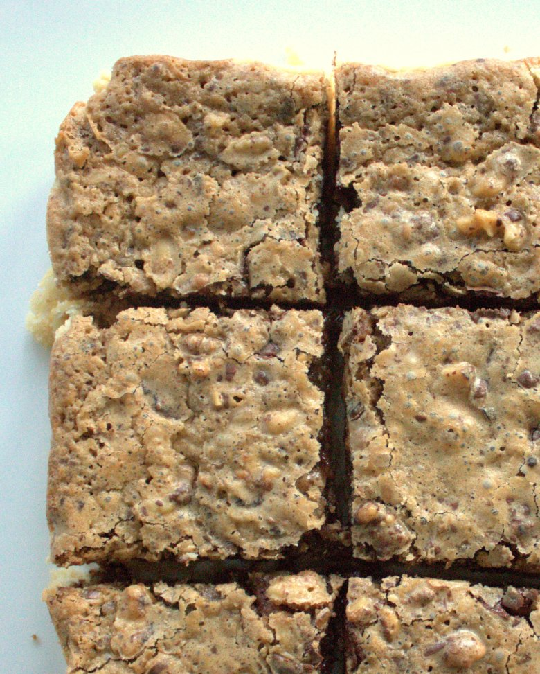 Bourbon Chocolate Walnut Bars | www.thebahamallama.com