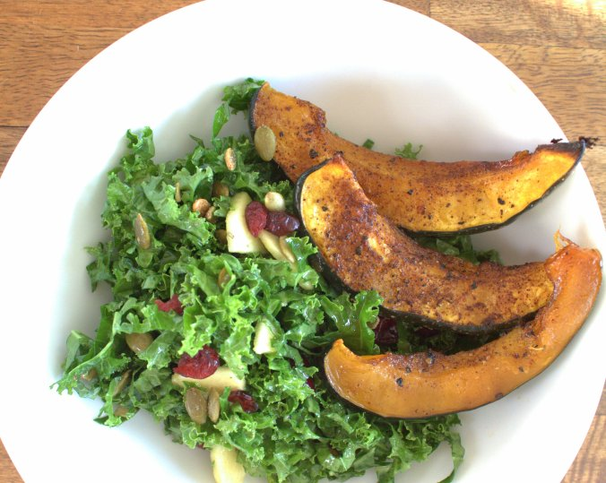 Kale Salad with Chili Roasted Acorn Squash | www.thebahamallama.com